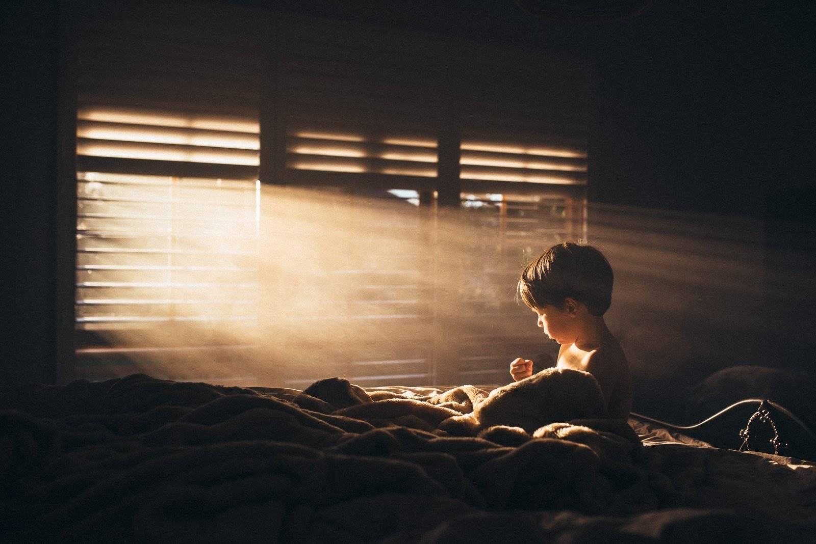 Hava Temizleyiciler Ve çocuk Ve Bebek Odalarındaki Akar Alerjisine çözüm.
